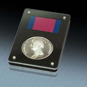 The embossing tools of the Waterloo Medal were produced with the PIRANHA laser system from ACSYS.