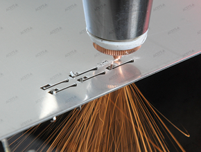 Laser fusion cutting of 1 mm stainless steel with laser cutting systems by ACSYS.